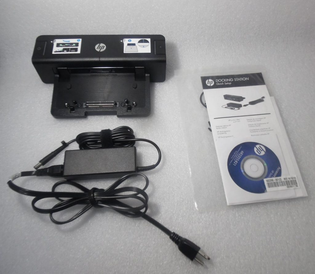 HP 685339-002 // HSTNN-l11X Docking Station with Adapter, Cord, Manual and  CD